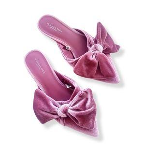 AMERICAN EAGLE Pink Velvet Big Bow Flats